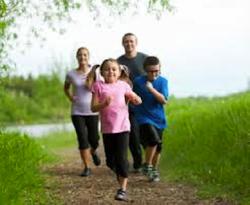 Tubuh Sehat Berolahraga Bersama Keluarga